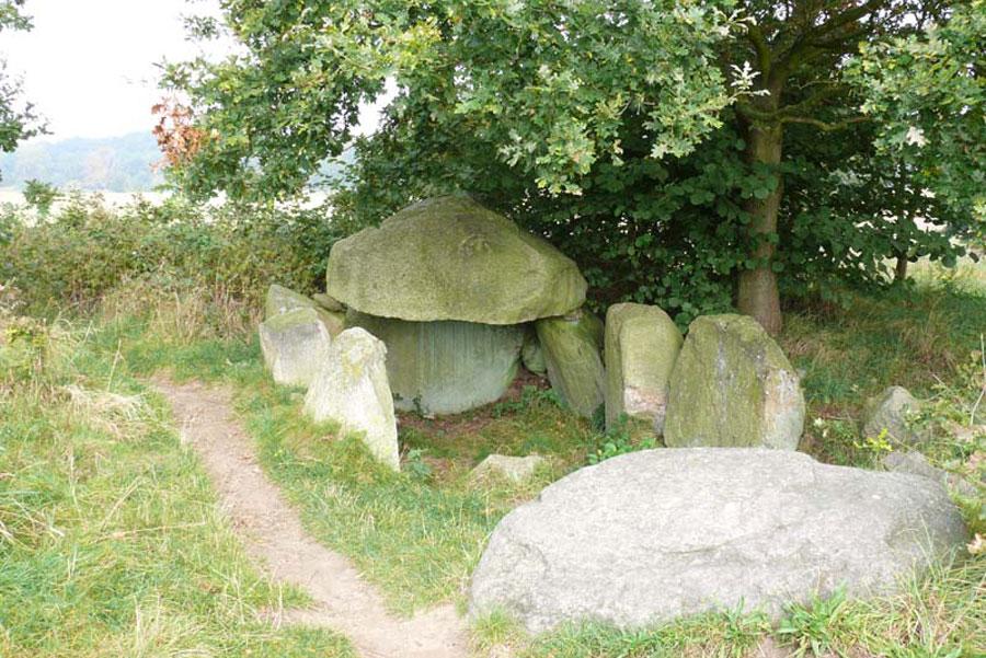 Gräber von Lancken und Burtevitz (Foto: F. Ruchhöft)