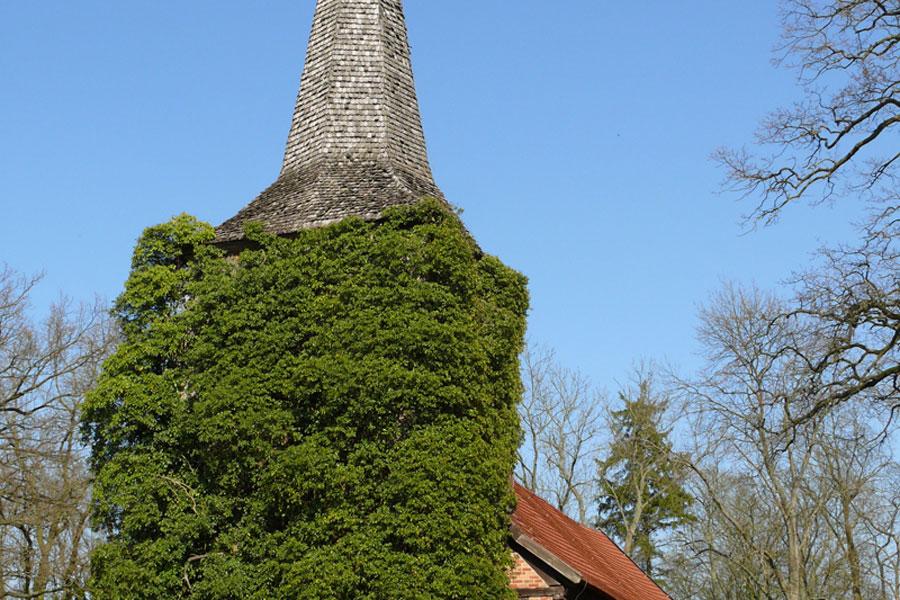 Kirche in Stuer (Foto: F. Ruchhöft)