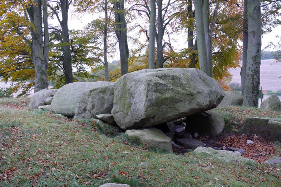 Großsteingräber von Katelbogen und Qualitz (Foto: F. Ruchhöft)