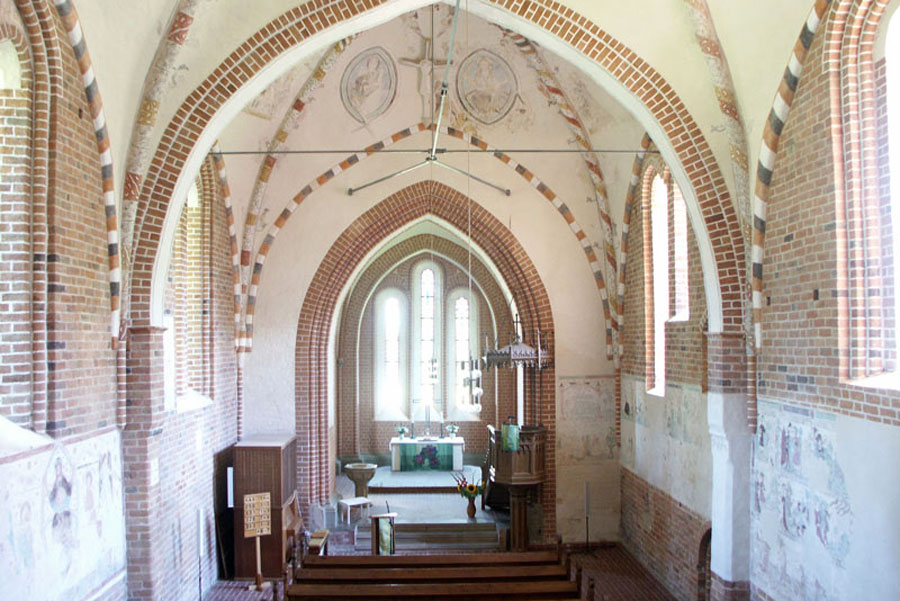 Kirche Altkalen (Foto: F. Ruchhöft)