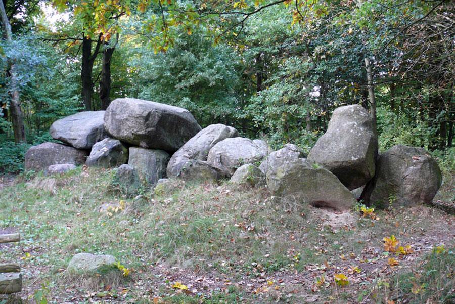 Großsteingrab von Klein Görnow (Foto: F. Ruchhöft)